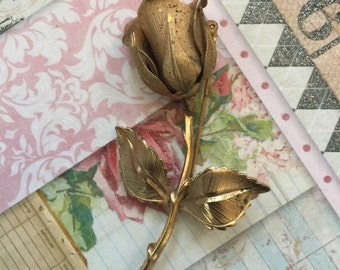 A Vintage Rose Brooch Free Shipping To U.s Rose Jewelry Antique Rose Brooch Vintage Rose Pin Etsy Rose Pins Gold Roses Jewelry Etsy Jewelry