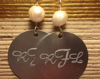 Monogrammed Disc Earrings, Pearl Monogrammed Earrings, Bridal Party Gifts, Gifts for Her, Disc Earrings