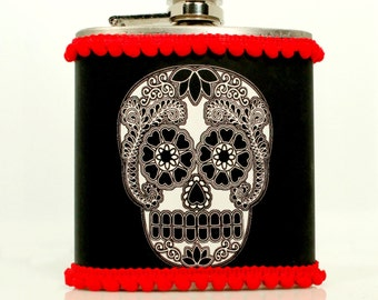 Sugar Skull Flask, 30th Birthday Gift, Day of the Dead, Dias de lost Muertos, Rockabilly Bridesmaid, Bachelorette Party, Mini Pompom Trim