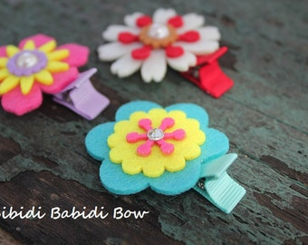 SALE- Felt Flower Hair Clips - set of 3 - Hair accessory- girl Hair clips - Birthday gift - Baby shower gift
