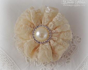 Lace Wallflower Brooch, Ivory Brooch, Vintage Style Brooch, Lace Pin