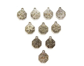 10 Antique Silver Yin/Yang Eight Trigrams Design Charms - 21-23-4