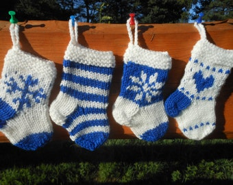 Mini Christmas Stockings Hand Knitted Set of 4 Christmas Gift Christmas Decoration Stocking Ornament