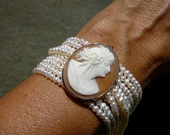 Brooch Bracelet/Choice
