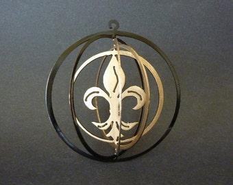 Fleur de Lis Spiral Ornament