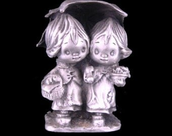 Hallmark Little Gallery Friendship is for Sharing - Betsey and Beau Under the Umbrella