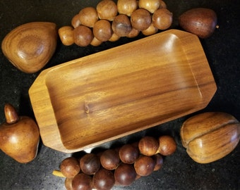 Unique Vintage Hand-Carved Monkeypod Fruit Tray Serving Set Philippines Teak Wood 7 Pieces Mid-Century Home Decor Display Photo Prop Gift