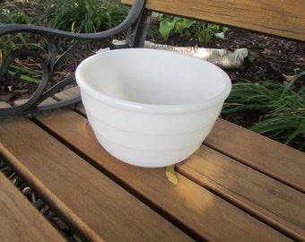 White GE Small Mixing Bowl