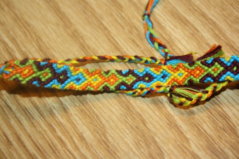 string friendship bracelet 10 string arrowhead