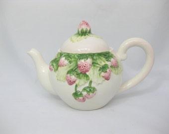 Ceramic Teapot, Strawberry Teapot, Andrea by Sadek, Jay Willfred, Handpainted