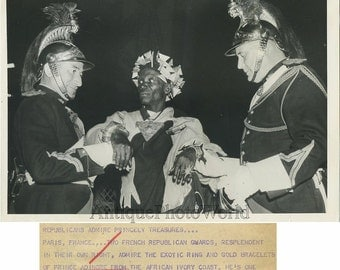 Ivory Coast prince Adingre w French guards 1956 photo