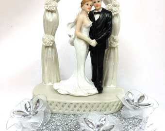 Wedding Couple Under Arch Centerpiece or Cake Topper