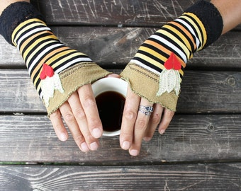 Colorful striped mittens, Hippie Boho gloves, Orange black yellow gloves, Fingerless gloves, Arm warmers, Women's fashion, Costume gloves