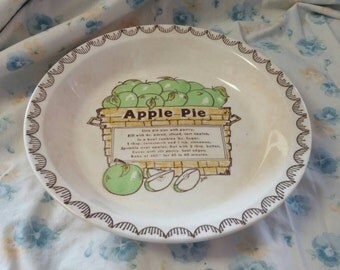 On Sale Vintage Kitchen Collectible Jeanette Glass Apple Pie Plate 10.5 inch Dish Royal China