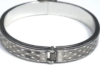 Silver Tone Clamper Bangle, Vintage Bracelet,Stacking Bangle,Modernist Jewelry,Hinged Bracelet, Minimalist Jewelry