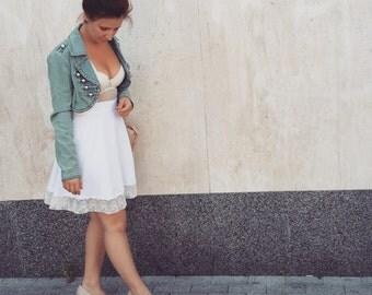 White mini skirt ~ Half a circle skirt ~ Lace skirt ~ White lace skirt ~ White summer skirt ~ White beach skirt ~ White viscose skirt