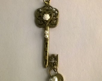 White Rose Skeleton Key Necklace