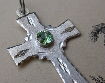 French vintage sterling silver religious medal emerald green diamond hand carved engraved lignt green crystal faceted cross