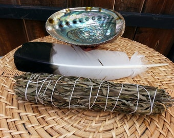 Large Lavender Smudging Kit ~ Lavender Bundle 8 ~ 9 inches, 5~6 inch abalone shell with tripod stand, feather
