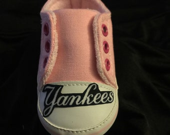 Loley pops creations Pink Yankees Baby shoes this creation is made by me and not affiliated with MLB
