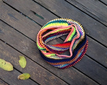 Circle scarf-necklace in rainbow colours