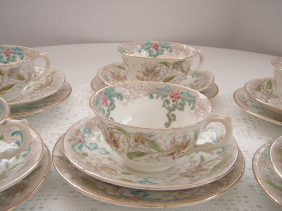 Antique Victorian English tea trio 1900