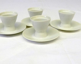 Rosenthal Germany. 3 (+1) old, timeless, white eggcup made of porcelain. Height approx 5 cm. Vintage