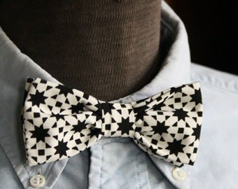 Bow tie black and white