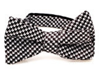 Houndstooth Self Tie Bow Tie