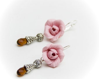 Sale. Price reduced by 50%. Earrings pink roze flowers , flower earrings, pink earrings, pink flowers, wedding earrings