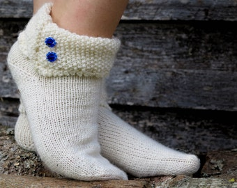 Champagne hand knit socks with blue seed pearls. Elegant, stylish, feminine, cosy. Hand-knit wool socks. Knitted socks. Winter. House socks
