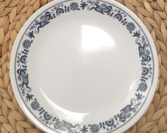 CORELLE by Corning Ware Old Town Blue Onion Salad Plate