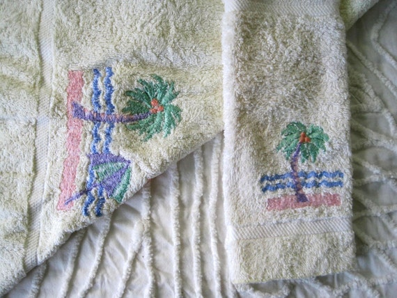 Avanti palm tree towelsavanti palm tree bath towel bealls florida vintage towels hand towel and washcloth palm tree motif publicscrutiny Image collections