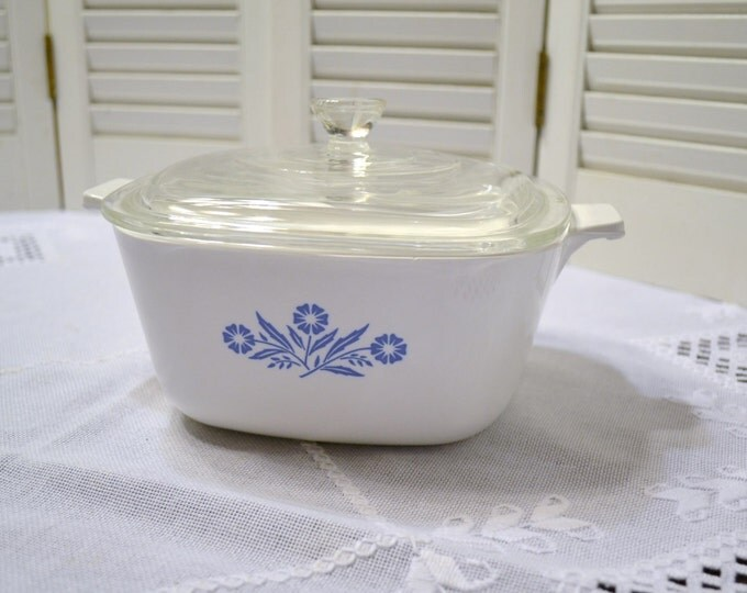 Vintage Corning Cornflower Blue 1 3/4 quart Casserole with Lid White Blue Pyrex PanchosPorch