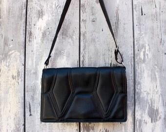 Vintage handbag shoulder bag artificial leather black purse 70s 80s vegan