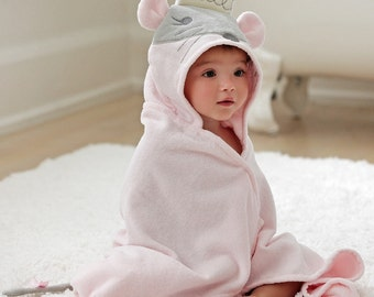 Personalized Hooded Towel/Princess Mouse  / Bath Wrap / Infant and Toddler / Perfect baby gift / Birthday Gift