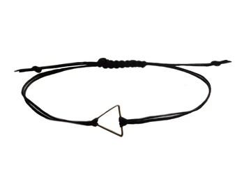 Triangle Friendship Bracelet in Black