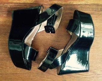 Retro BLACK Patent Leather PLATFORM WEDGE Sandals Size 7