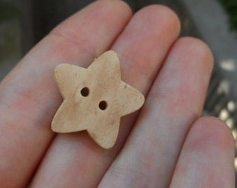 20 Buttons Large Natural Wooden  to Star 24x24mm