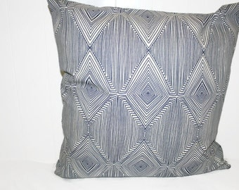 Decorative Nate Berkus Paramount Navy Geometric Design Throw Pillow
