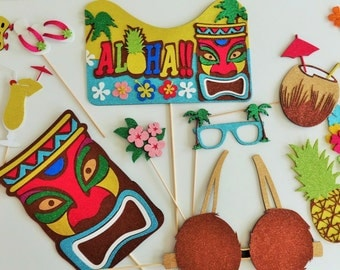 Hawaiian Photo Booth Props Lua Party Tiki Gods Aloha sign Coconut drink Flowers Lei  Coconut Bra Hawaiian wedding Bachelor party