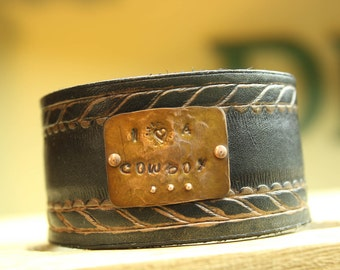 Handmade leather cuff, handmade jewelry, Unique jewelry, stamped copper jewelry, leather jewelry
