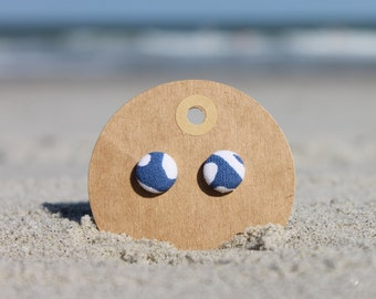 "1/2"" Blue and White Button Earrings"