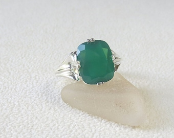 R269 Green Onyx Genuine Natural Faceted Emerald Cut Ring set in Sterling Silver Gorgeous!