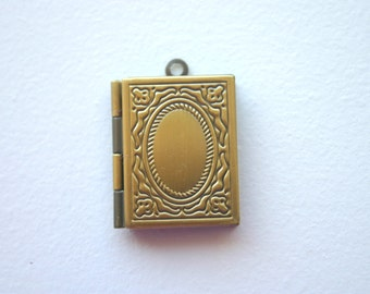 Two Rectangle Book Lockets Antique Bronze Photo Locket Victorian Picture Locket Charm Jewelry Supplies