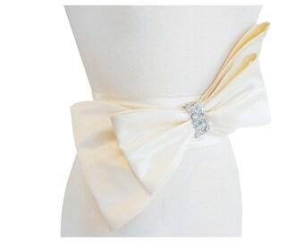 Shelby Bow Bridal Belt