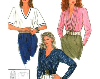 Simplicity Sewing Pattern 9524 Misses' Pullover Tops and detachable pleated drape  Size:  A  - All sizes  Uncut