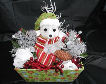 Winter Polar Bear Centerpiece