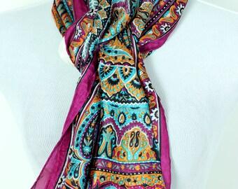 Banarsi Designs Floral Paisley Silk Scarf (Fuchsia)