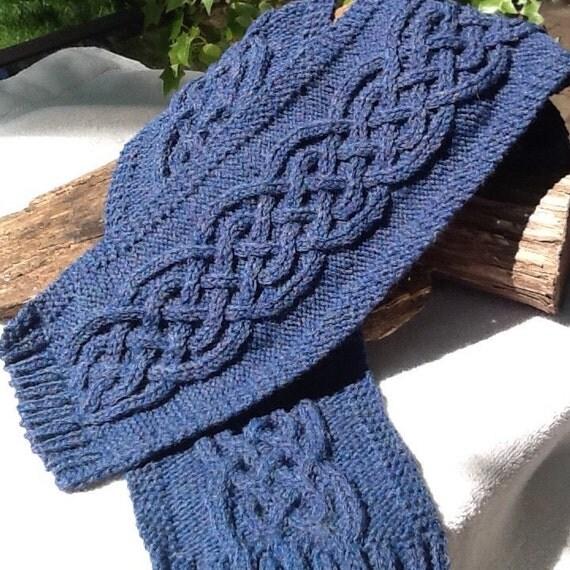 Blaues kabel stricken schal denim blau keltische zopfmuster for Herren schal stricken